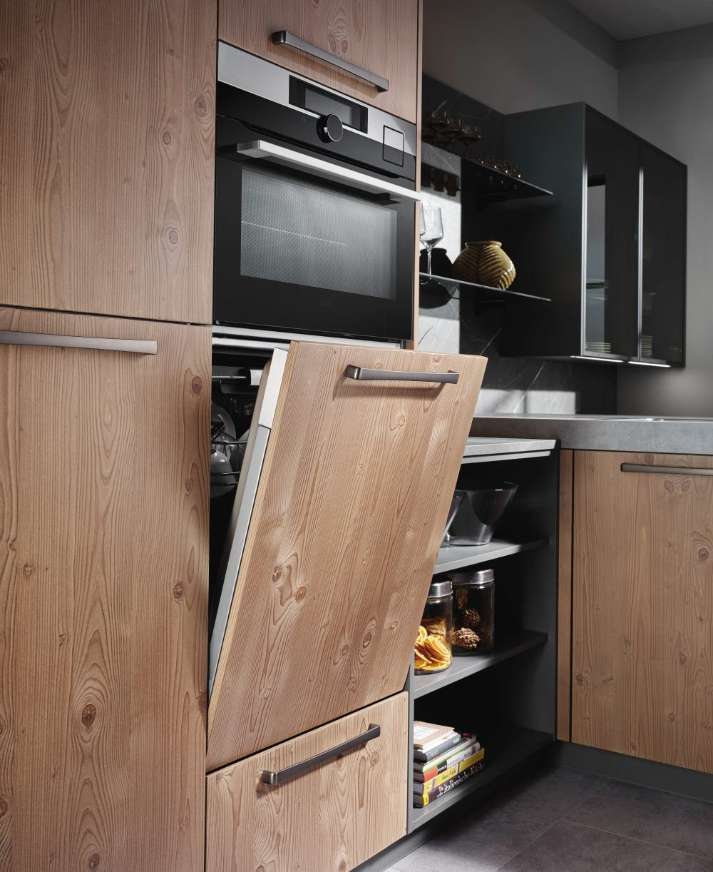 fm guglwald lehmfichte designerk che mein ewe ewe k chen. Black Bedroom Furniture Sets. Home Design Ideas