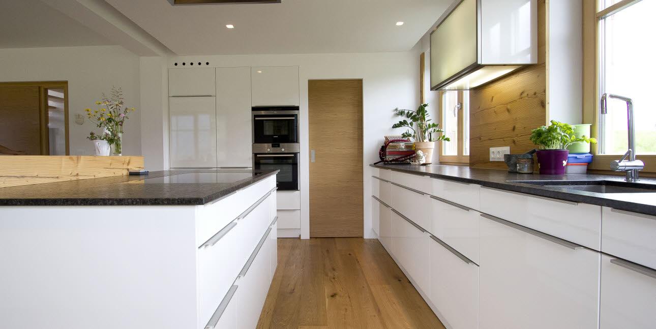 ewe k chen. Black Bedroom Furniture Sets. Home Design Ideas