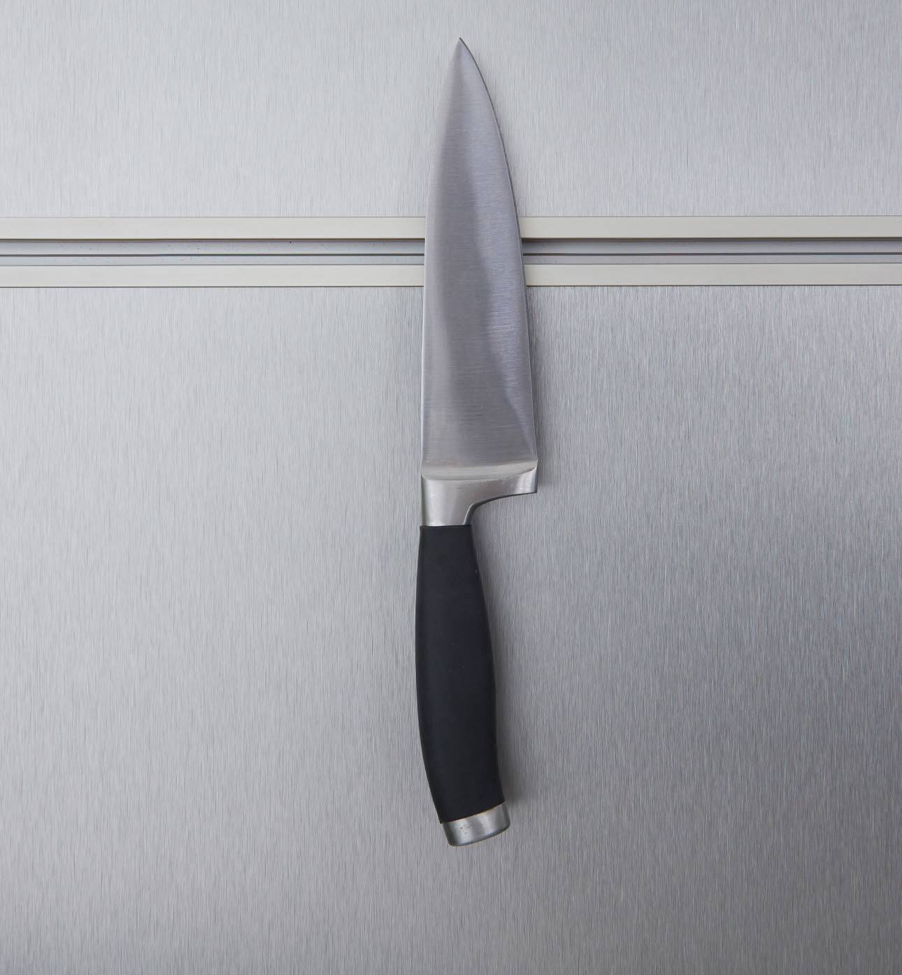Magnetic bar - knife 2