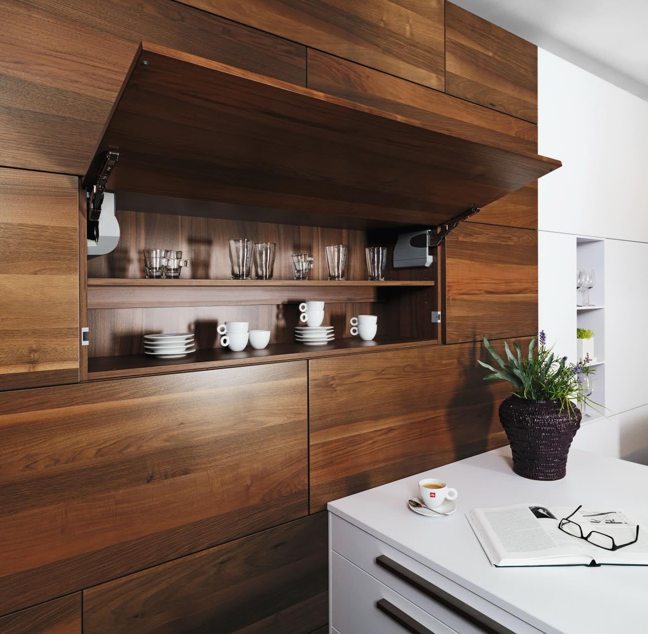 ultima k chen ewe. Black Bedroom Furniture Sets. Home Design Ideas