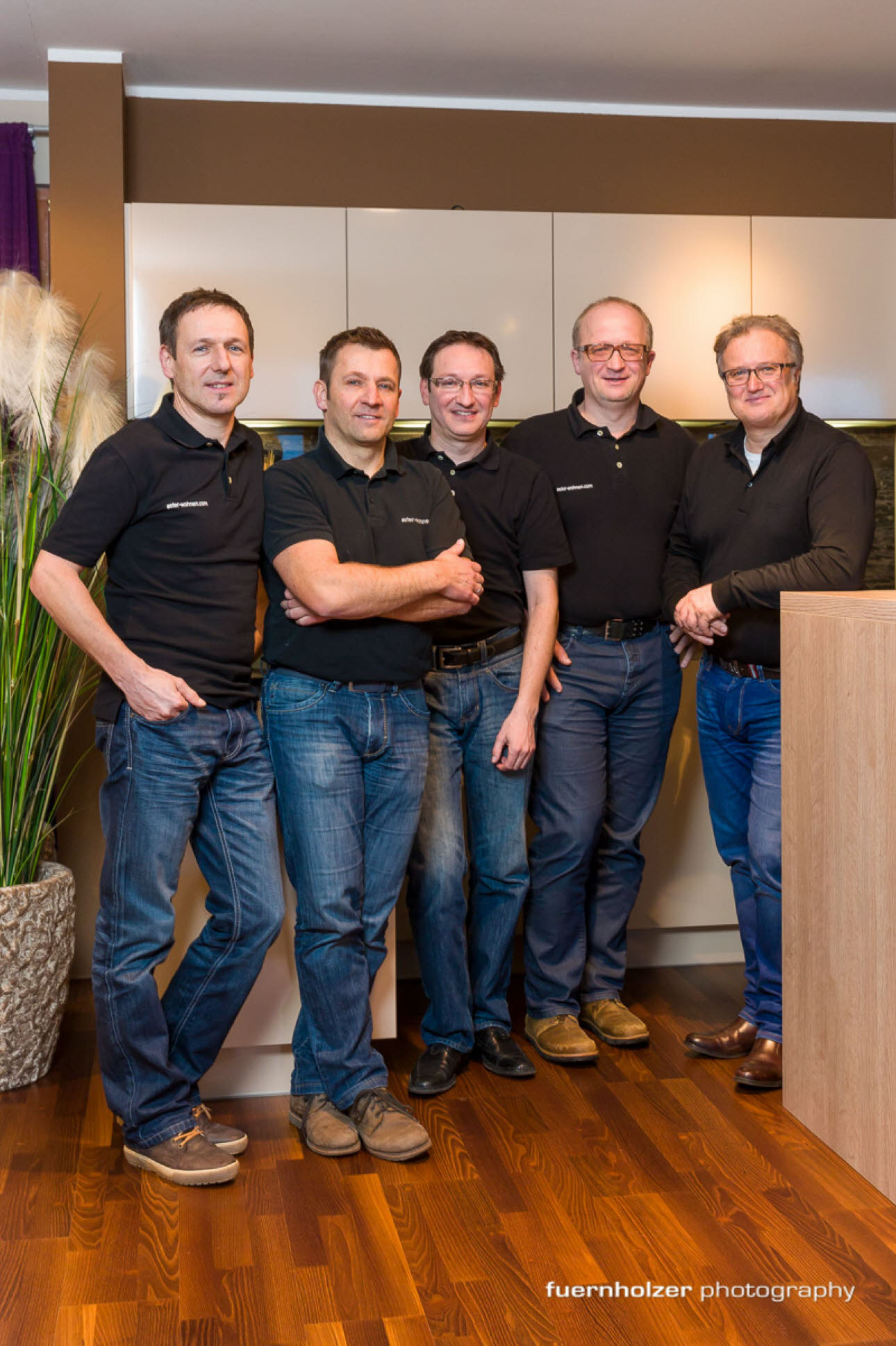 ewe Flagship Partner Aster - Team