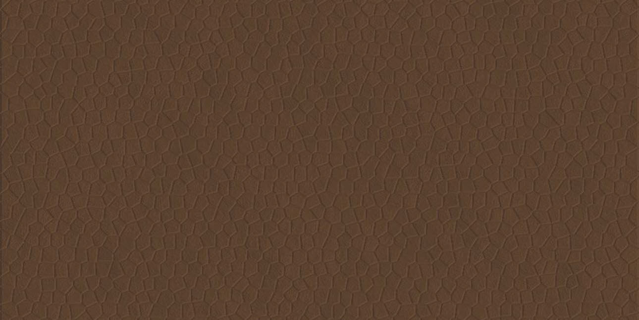 Nougat leather varnish