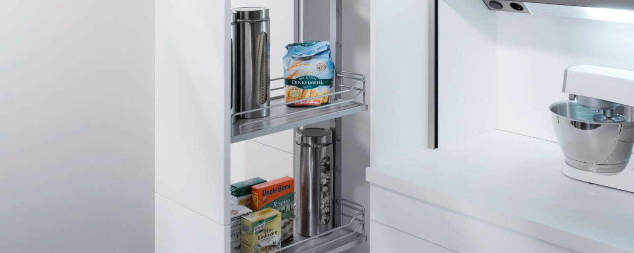 Stock complete pullout with closed shelves