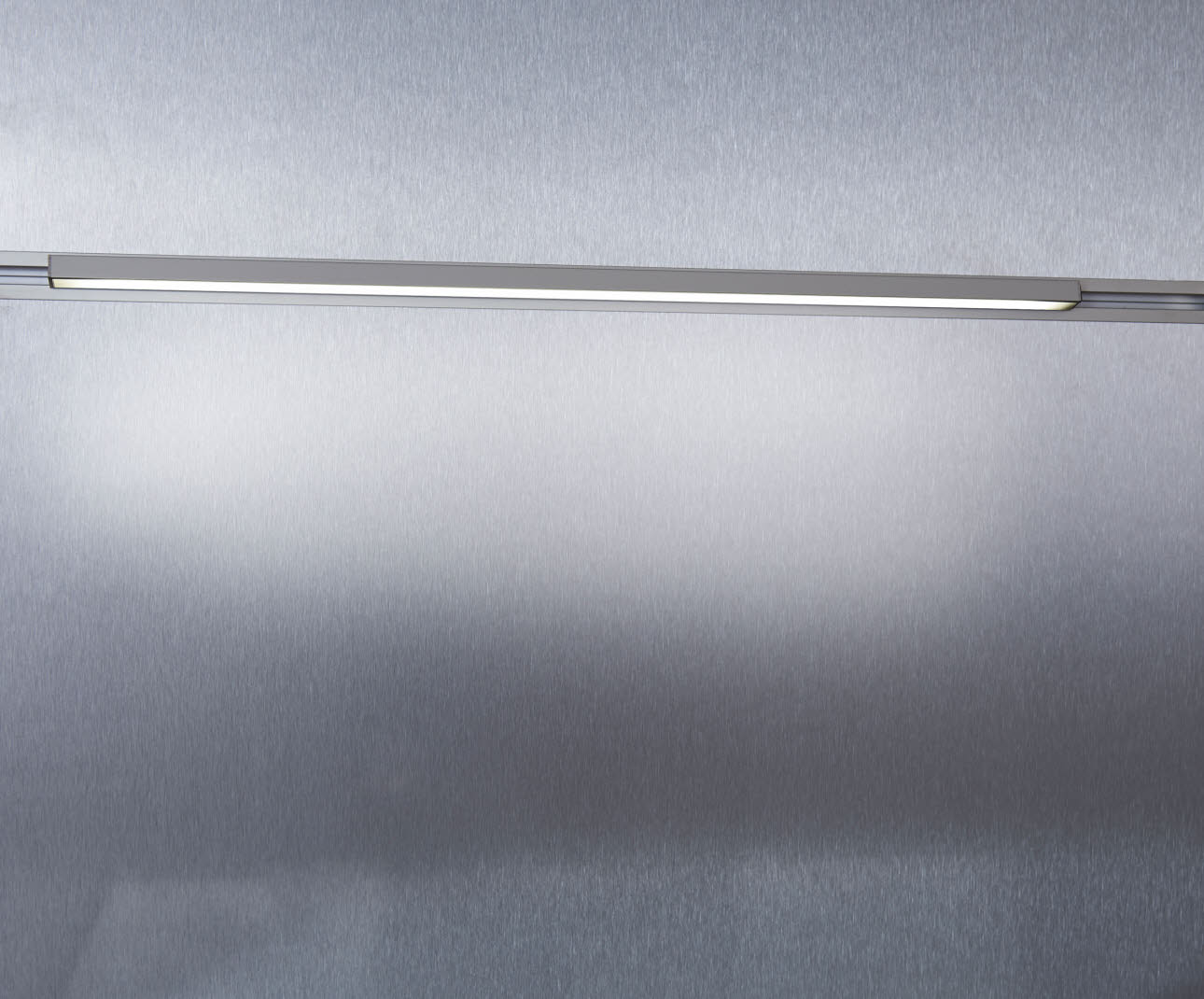 LED light profile - overall view 1